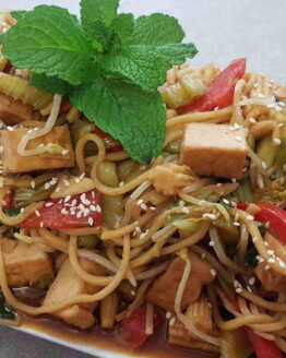 Vegetable Stir Fry with Tofu and Rice Noodles